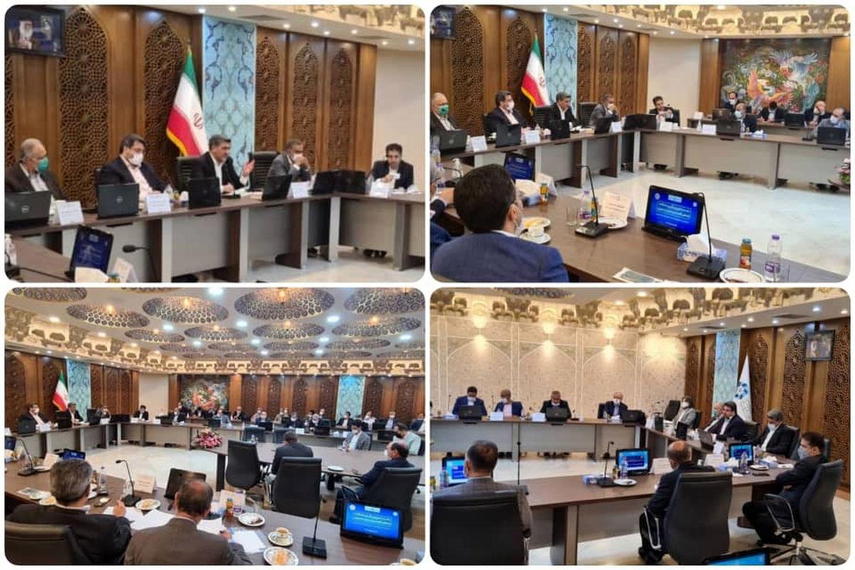 دیدار فعالان اقتصادی و اعضای اتاق بازرگانی استان اصفهان با مدیرعامل بانک صادرات ایران «محیا» به نصف جهان رسید